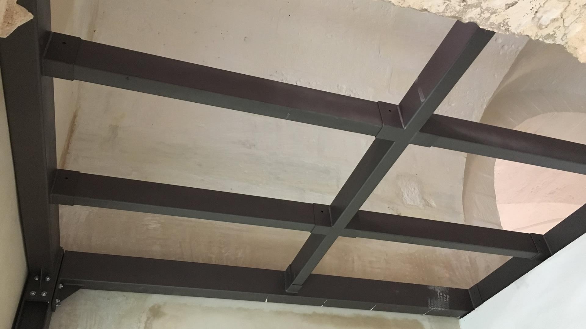 Progettazione Piano Ammezzato con Nuove Opere in Acciaio, non ancorate alla struttura esistente, a Piano Terra di un edificio in muratura - MAGLIE (LE) Italy